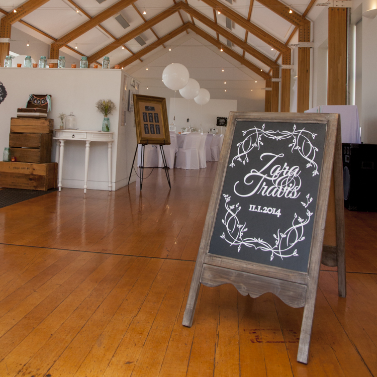 A frame blackboard - Style my day - Wedding and Event - Hire and styling