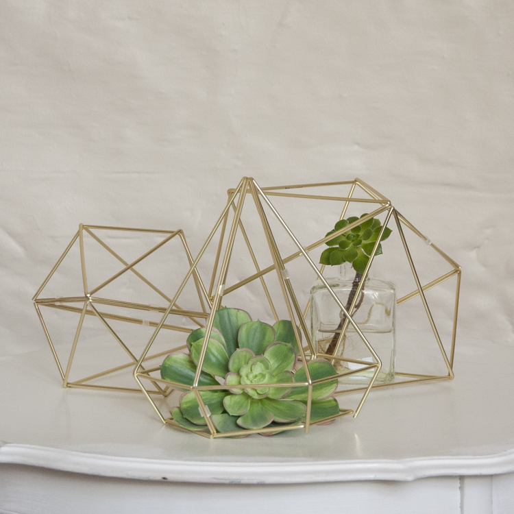 Style my day - geometric prisms - modern - glittering gold