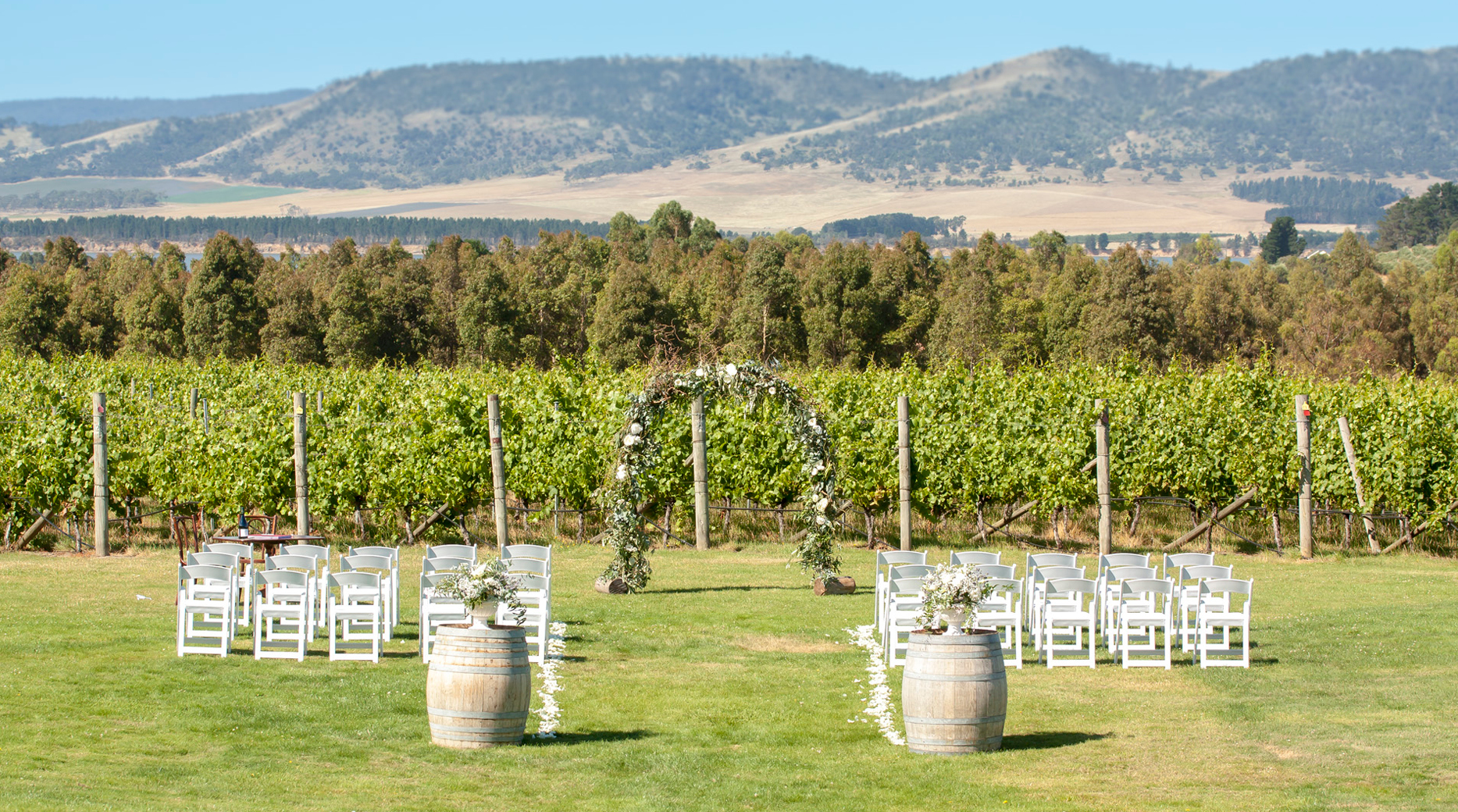 Ceremony_Winery_ Myra and Nick_ Wedding styling _ Style my day