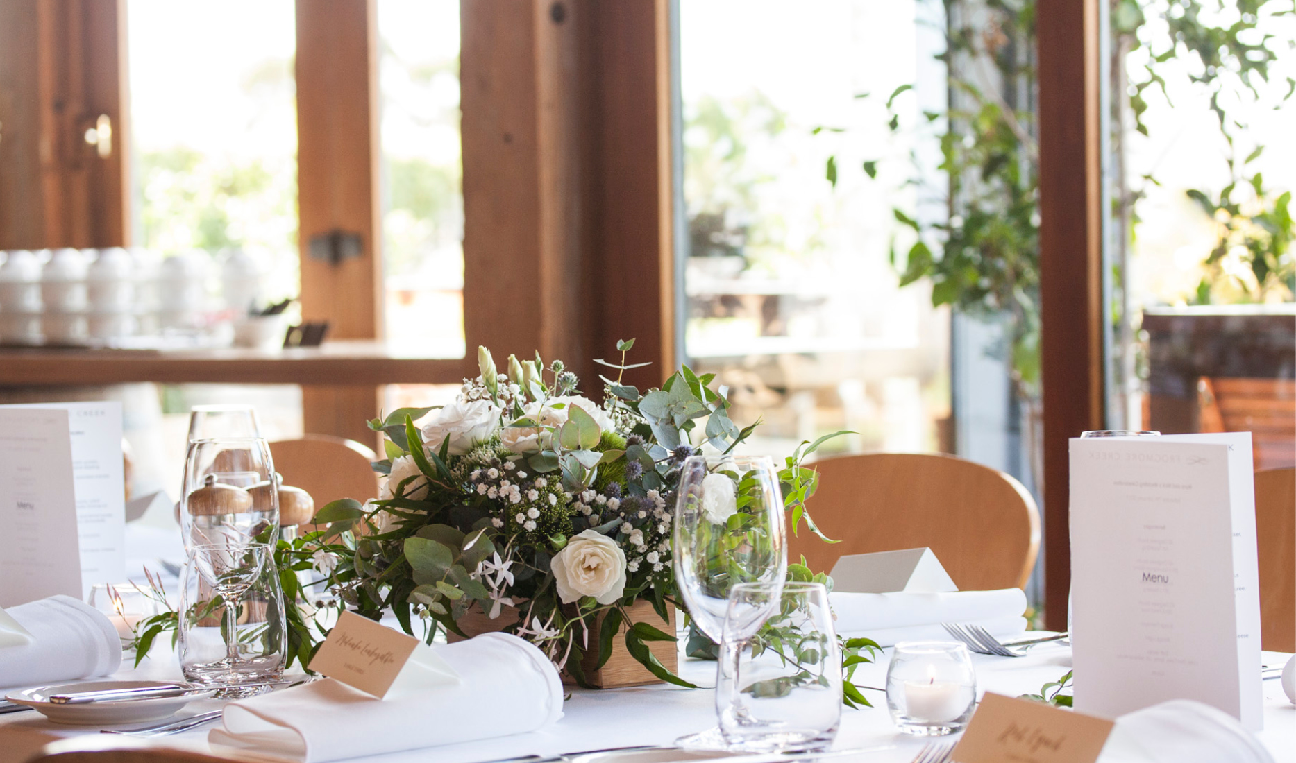 Centrepieces_ _ Winery_ Myra and Nick_ Wedding styling _ Style my day